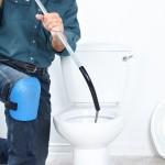 debouchage-de-toilettes-avec-furet